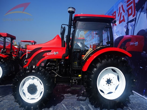 QLN Farm Tractor Can Help Farmers For Farming Lands
