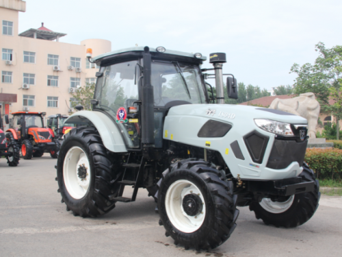 Professional Tractors Manufactures Sale Competitive Price Tractor